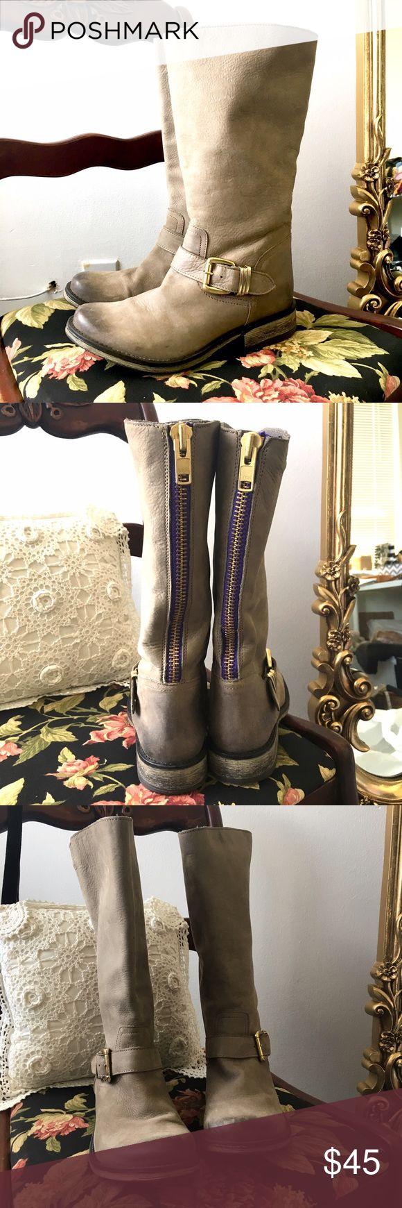 Steve Madden Riding Boots purple Back Zip Excellent condition! Steve Madden Shoes Combat & Moto Boots