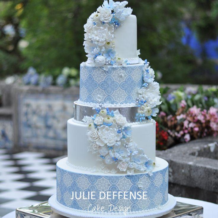 Luxury wedding cake by Julie Deffense of Julie Deffense Artistry. Sarasota, FL, Cascais, Portugal, Worldwide. Cake: Julie Deffense Wedding Design: The Wedding Company Portugal Location: Marques da Fronteira, Lisbon, Portugal