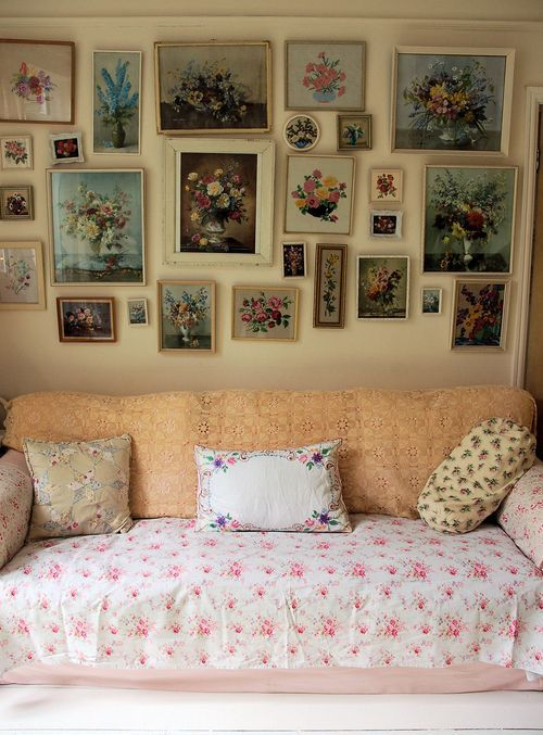 Vintage floral prints - I will never say no to a good vintage print collection...