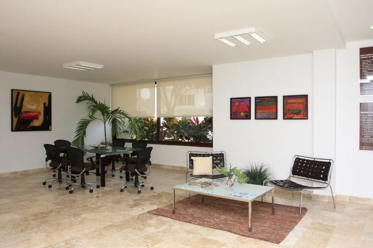 sala de juntas con wi-fi y clima