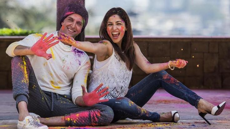 Hrithik and Yami's Holi Photoshoot