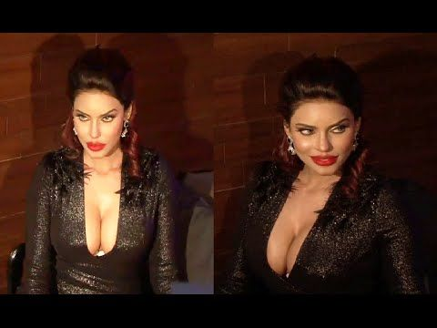 WATCH Super Model Gizele Thakral's LEAKED UNCENSORED photoshoot video - 2. (18+) See the full video at : https://youtu.be/9DNICJHOvGc #gizelethakral