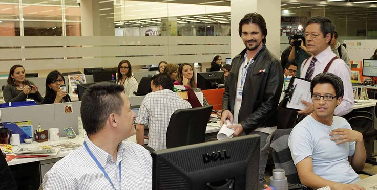 Juanes helps put out peace ~ Good Morning Colombia news