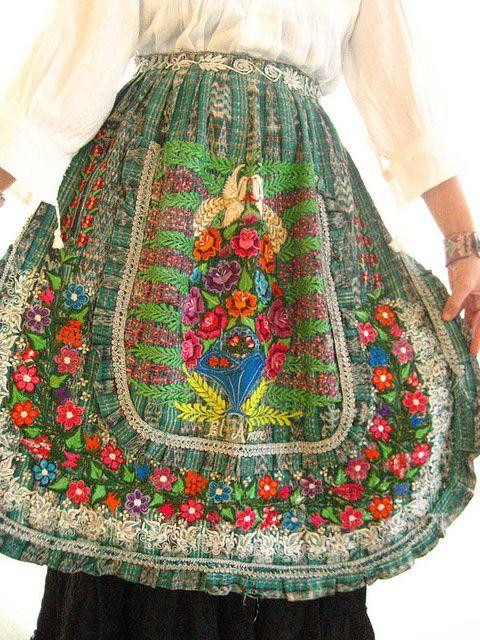 vintage Mayan Guatemalan apron (BEAUTIFUL!)