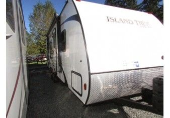 Seen on Arbutus RV: 2014 Island Trek 262  STK# M16N1710A