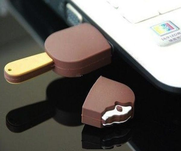 Chocolate Ice Cream Bar USB / The Chocolate Ice Cream USB Flash Drive contains plenty of room for high-definition photos http://thegadgetflow.com/portfolio/chocolate-ice-cream-bar-usb-13/