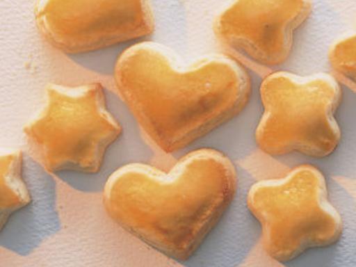 Petits Milanais (biscuits de noël Suisse) - Recette de cuisine Marmiton : une recette