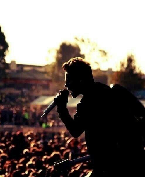 Jared performes