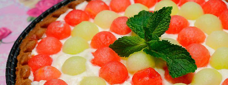 Tarta cu crema de mascarpone, pepene galben si verde