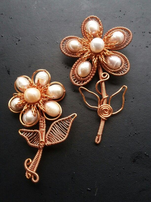 Pearl flower $25 #wirejewelry #handmade #wireaccecories