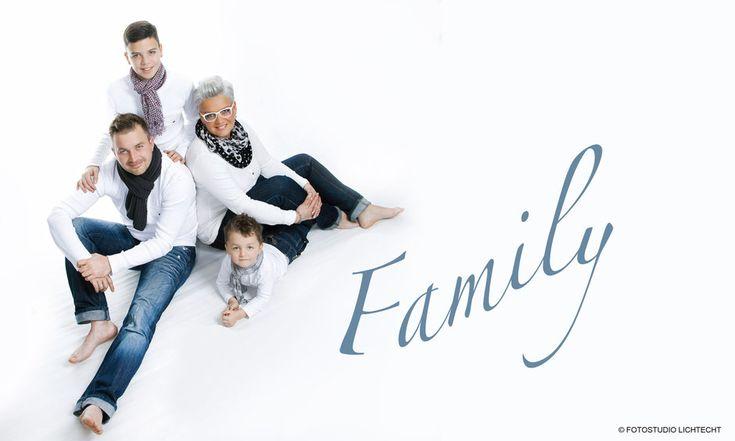 familienfotos, fotoshooting familie, familienfotos studio, familien fotos modern, fotoshooting erzgebirge, fotograf erzgebirge, ben pfeifer fotograf, …