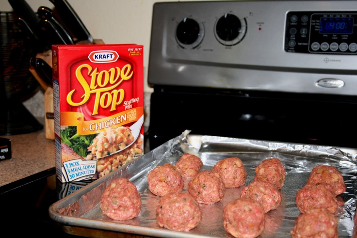 In a large bowl, mix:  2 lbs of ground beef 1 box of chicken flavored Stovetop Stuffing 1 1/4 cups of water 2 eggs I would also recommend you add a few more spices (pepper, garlic, etc.)  Use a 1/4 cup to measure out each meatball.  Place on a cookie sheet that has been lined with tin foil (you may need 2 pans).  Cook at 400 for 16-18 minutes (I like to turn mine over half way through cooking).