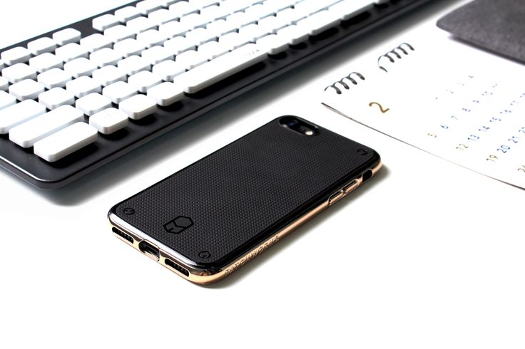 #모던함 #시크함 모두 갖춘 #패치웍스 #플렉스가드 유연하고 부드러운 TPU 소재가 기기를 빈틈없이 보호하고 최고의 그립감을 제공해줍니다:) #iphone7 #iphone7plus #iphonecase #patchworks