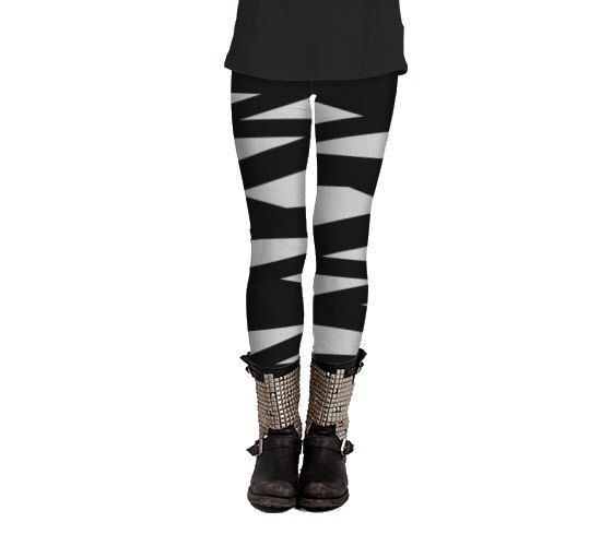 Black and white leggings with ballerina by Felicianationink