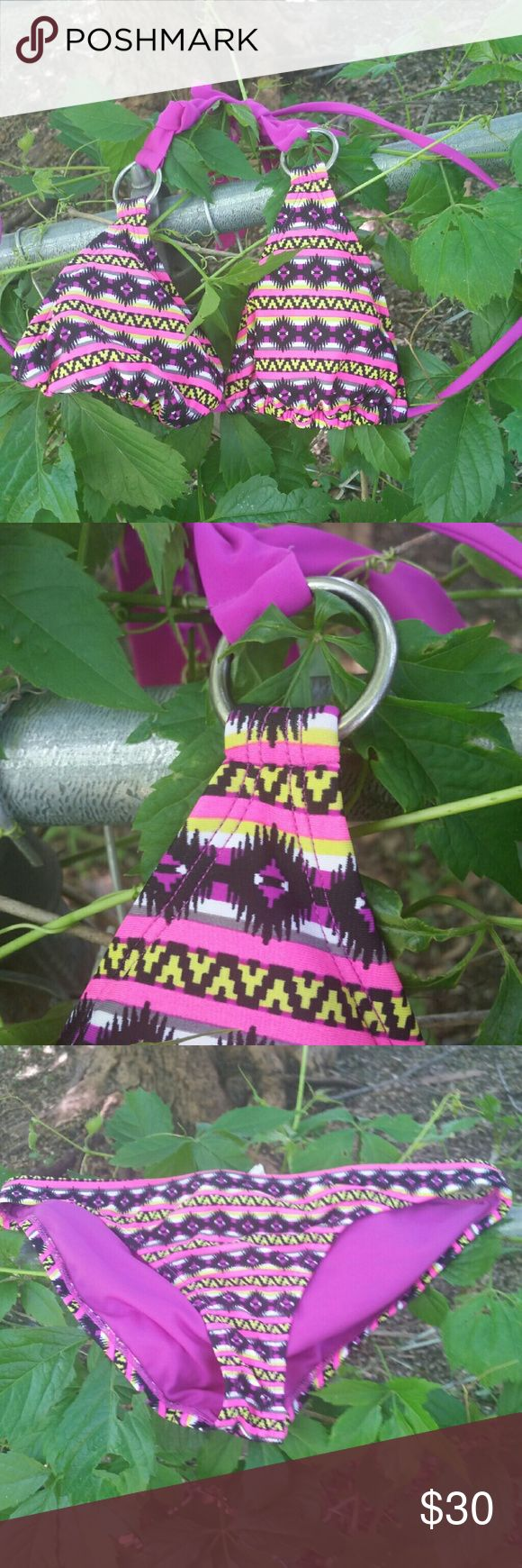 "Converse Aztec Bikini Set So cute! I wear my bathing suits for a few days during the year and then move them on... Shell is 82% nylon, 18% spandex. Lining 100% polyester.  🆓 Spend $10 or more from my closet, choose any item in my ""FREE Item"" listing as a special gift!!! 👍 Will bundle, just ask! 🚫 NO trades Converse Swim Bikinis"