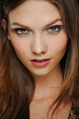 1000+ Images About Small Lips Just As Pretty! On Pinterest | Red Lips Eyeliner And Natural