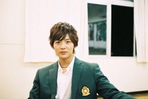 "Ryo Ryusei [Trailer, long ver, Oct/14/15] https://www.youtube.com/watch?v=h3QXIv1xvNc&feature=youtu.be or [All trailers, Official site] http://www.orange-movie.com/news.html Kento Yamazaki x Tao Tsuchiya, J LA movie ""orange"", Release: 12/12/'15"