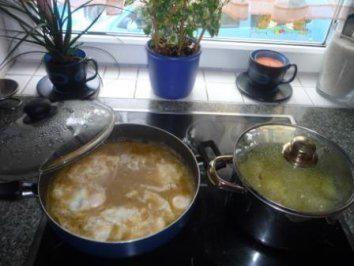 Das perfekte Oma´s Süß-Saure-Eier-Rezept mit Bild und einfacher Schritt-für-Schritt-Anleitung: Zwiebeln in der Butter glasig anschwitzen