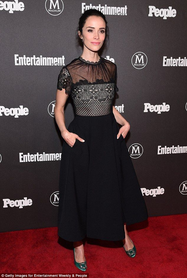 Ladylike: Cowboys & Aliens actress Abigail Spencer cut a feminine figure in an A-line blac...