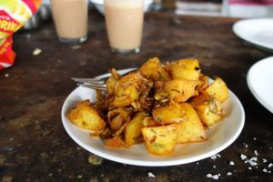 Aloo jeera fry - Fried potatoes with cumin - authentic Indian recipe from a small vegetarian restaurant in India (source: my personnal food and travel blog / vlog with recipes, authentic video recipes, street food, food and travel documentary, travel info and more. Welcome! :) )