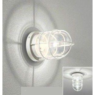 ポーチライト 照明 ポーチ灯壁面・天井面・門柱取付兼用材 質:アルミダイカスト、真鍮(オフホワイト色)    ガラス(透明) サイズ:径129 x 高さ192    重量:0.9 kg電  球 :LED電球クリアミニクリプトン形 5.2 W(E17)  光源寿命:40,000時間※電球の交換可能な商品です耐水性能:防雨・防湿型付属センサ 人感センサモード切替型※ご注意・配線工事は必ず電気工事士にご依頼ください。・上向きに取り付ける際は、水はけが良く浸水の恐れのない場所を選んでください。・センサは壁面取付専用、浴室使用不可になります。・オプションでセンサーをご利用の場合は、絶縁台不要となります。ただ今、日ごろのご愛顧に感謝にしてセール中です。是非、このバーゲン中にお求めを!