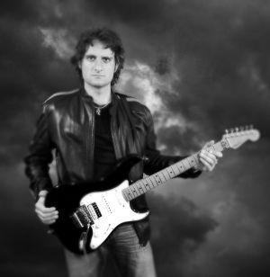 Edward Box vocals,guitars 2005-2014