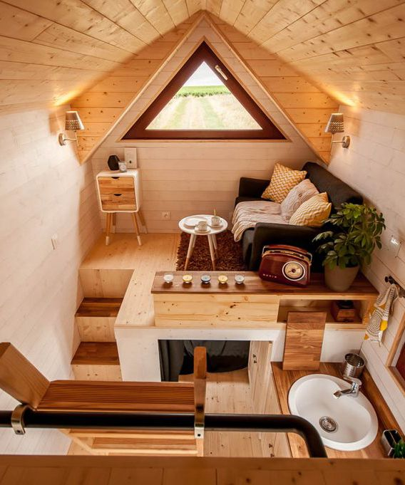 Living In A Tiny House: 25+ Best Ideas About House On Wheels On Pinterest