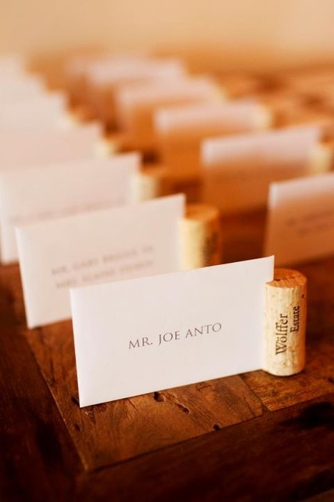 placecard holder. omg @Courtney Baker Onofrey this is perf for your wedding...