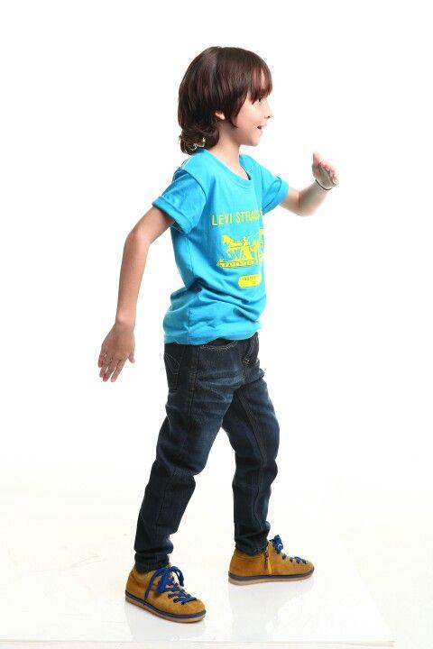 T-shirt n jeans
