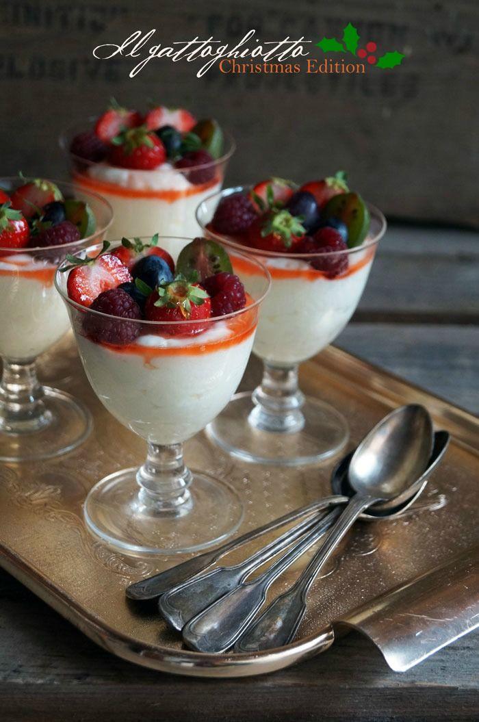 il gattoghiotto: Coppe di crema al latte e frutti di bosco