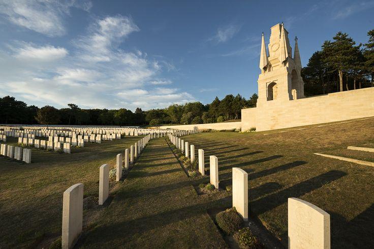 Etaples Cemetery © Benoit Diéval