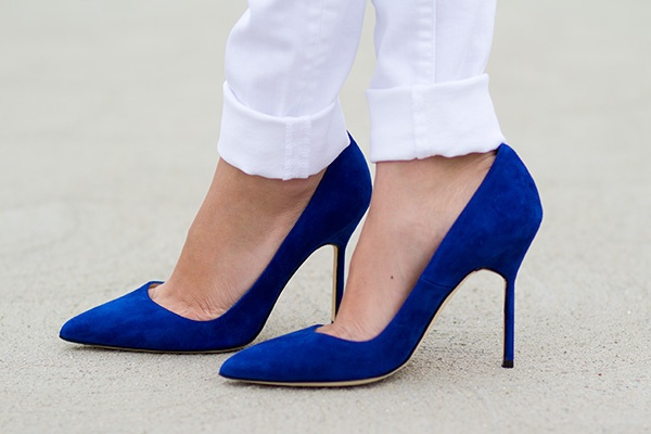 (Don't you step on my) blue suede shoes.