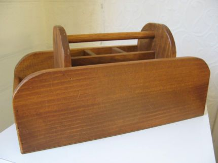 $50 Vintage SOLID TIMBER CADDY Great for organising and storage Text 0411691171 or email info@bitspencer.com