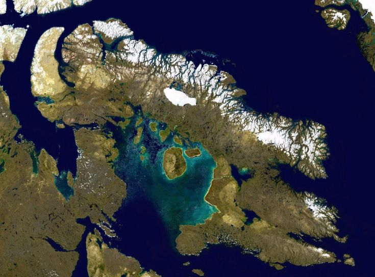 10 Largest Islands In The World: Baffin Island (source: wiki)
