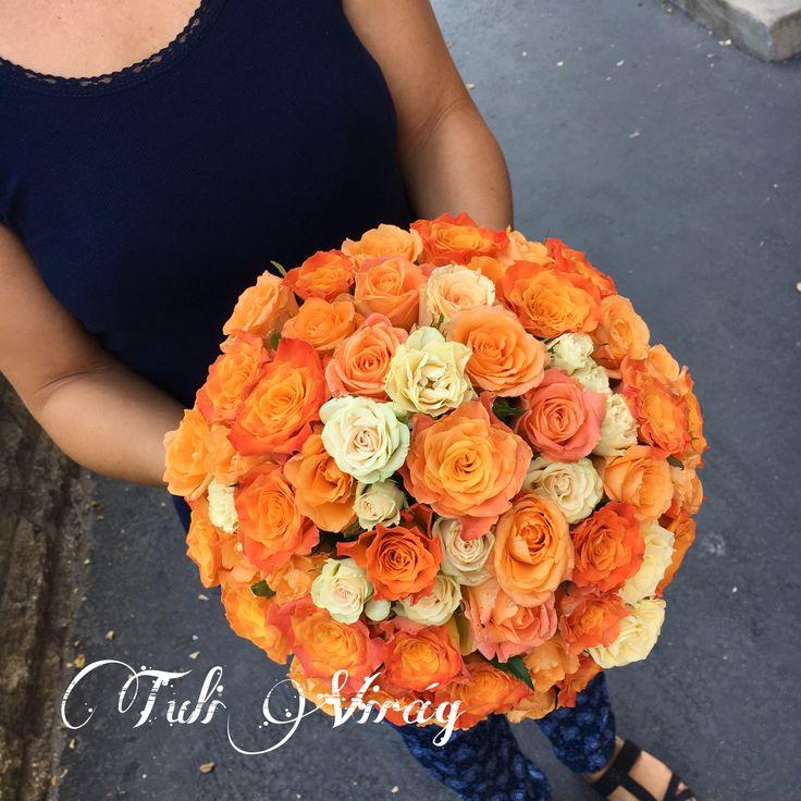 #weddingflowers #orangeflowers #orangeroses #weddingbouquet