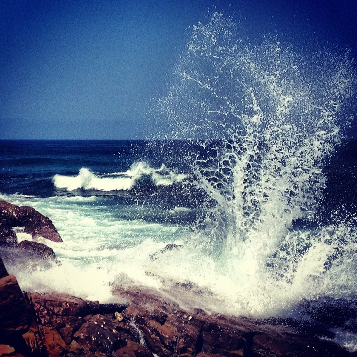 Waves breaking. South coast - uvongo beach
