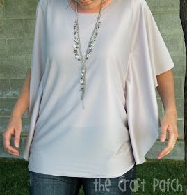 The Craft Patch: Circle Shirt Tutorial - WAY TOO easy-peasy to have not made millions of these by now.