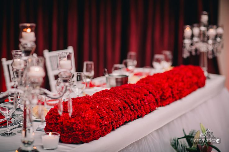 Bride&Groom's table