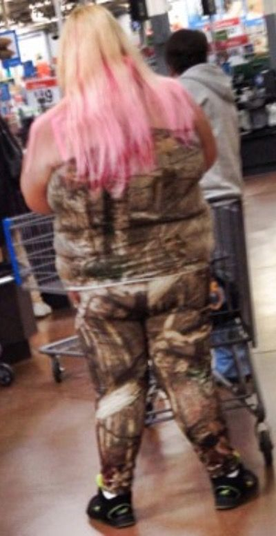 Walmart Camouflage Fashion - Funny Pictures at Walmart