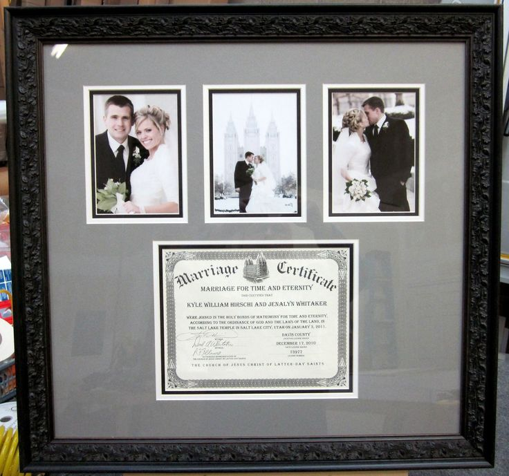 The PERFECT anniversary gift for your love - marriage certificate & wedding photos #customframed !!!