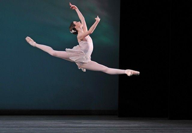 Ballo della regina:  Lauren Cuthbertson