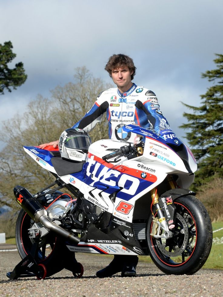 Guy Martinin his full racing livery for 2015  Tyco BMW S1000RR