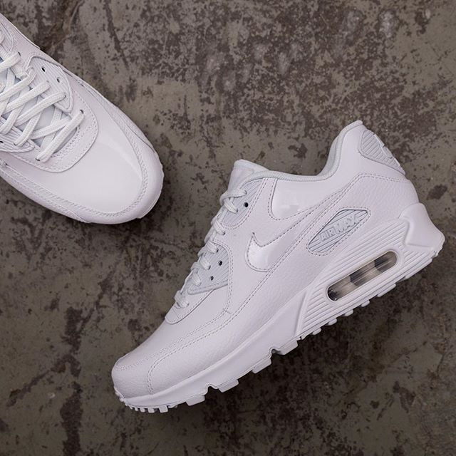 Nike Wmns Air Max 90 Leather 921304 101 Air Max 90 Leather Nike Sneakers Women Nike