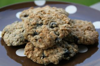 Little Bit of Everything: Aronia Berry Oatmeal Cookies