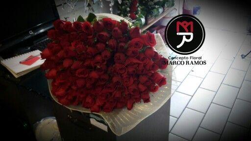 Concepto floral #MarcoRamos Para esa persona tan especial Ramos gigantes La moda en ramos de rosas