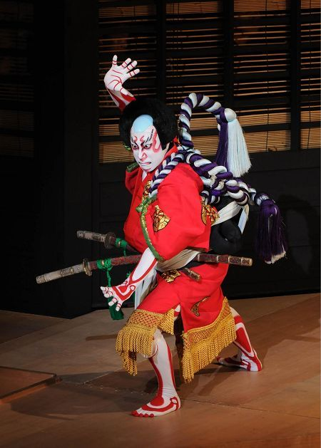 Kabuki!! -- Find articles on #Japan , #Adventure #Travel , #Outdoor Pursuits, and #Extreme Sports at http://adventurebods.com or find us on http://facebook.com/adventurebods