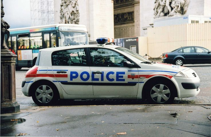 Remembering the sound of French police cars' sirens.