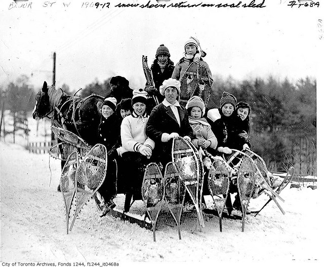 group of toronto snowshoers, 1920