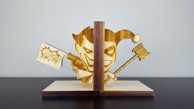 These Joker and Harley bookends: | Community Post: 21 Subtle Ways To Decorate Your Home Like A Nerd