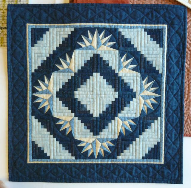 57 best MARVELOUS MINIATURE QUILTS images on Pinterest | Flower ... : kinds of quilting - Adamdwight.com
